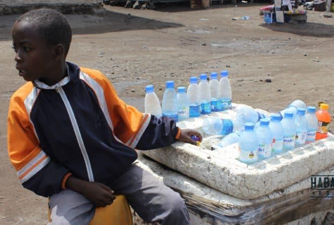 En RDC, professeurs et élèves profitent de leurs vacances