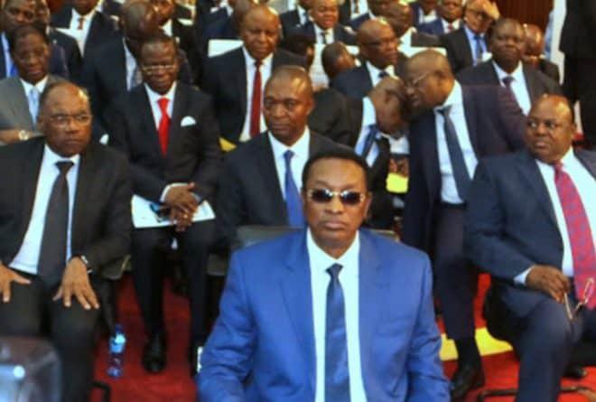 Seul un gouvernement d'union nationale sauvera Felix Tshisekedi
